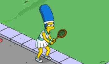 Теннисистка Мардж тренируется