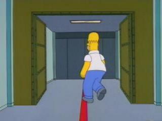 Гомер проходит через систему безопасности