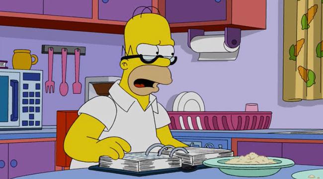 Гомер работает дома