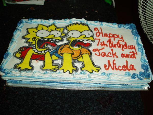 Праздничный торт - Барт и Лиза