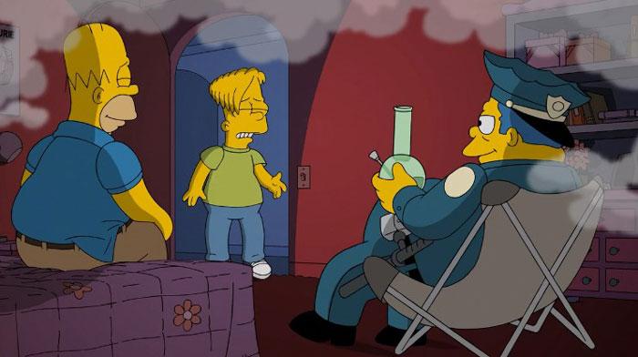 Гомер и Вигам курят траву