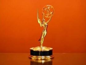 Шоу Симпсоны получает премию Эмми