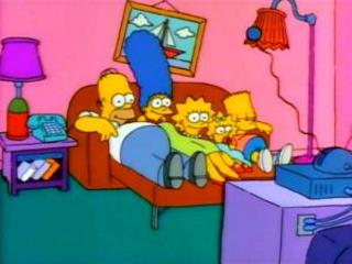 Симпсоны на диване-кровати