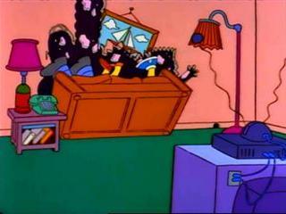 Диван Симпсонов проломил стену