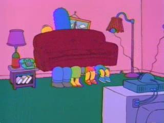 Симпсоны и диван