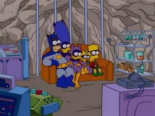 Симпсоны в костюме бэтмена