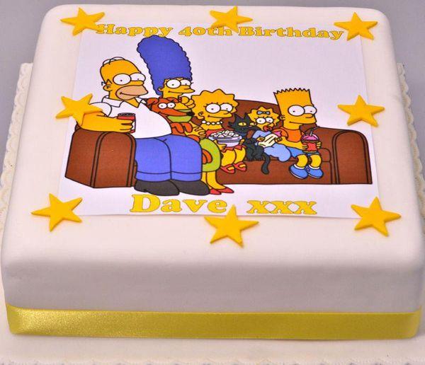 Торт Симпсоны на диване